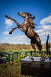 Mustang-Statue