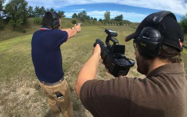 Video camera hand gun